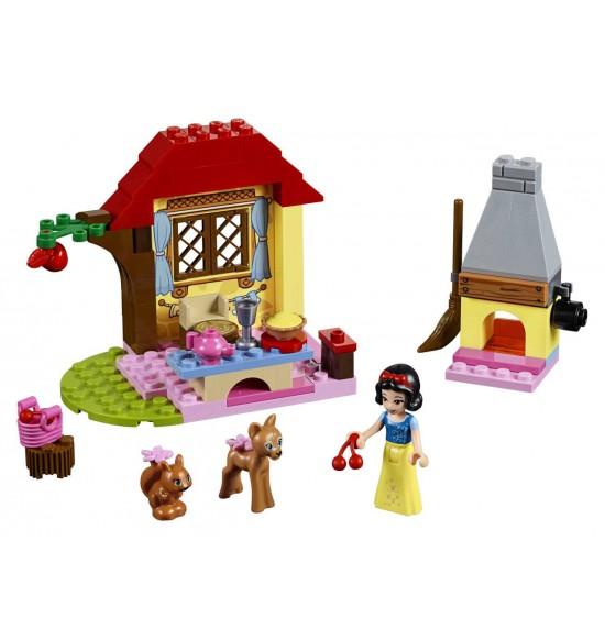 LEGO Juniors 10738 Snehulienkina chalúpka v lese