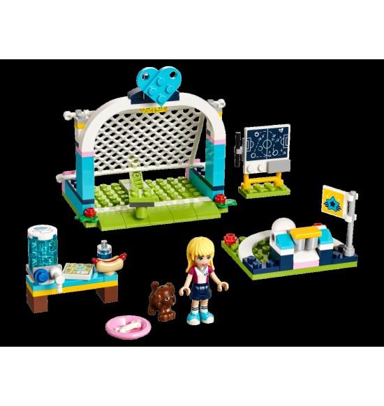 LEGO Friends 41330 Stephanie a jej futbalový tréning