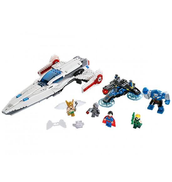 LEGO Super Heroes 76028 Invázia Darkseida