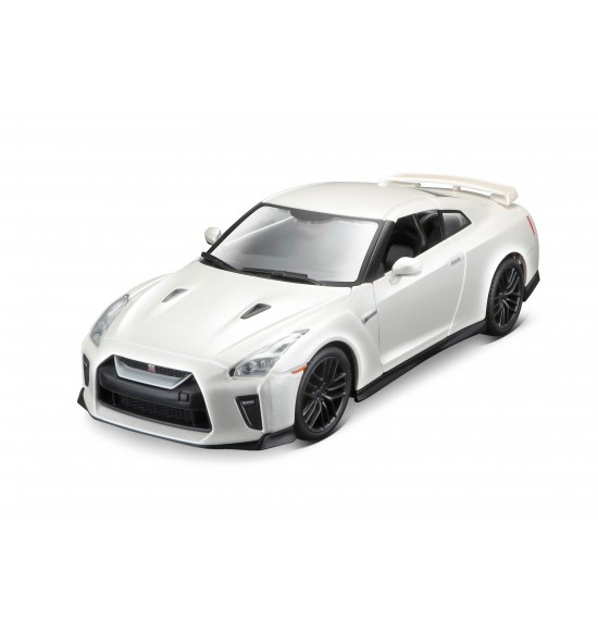 2018 NISSAN GT-R 1:24 biely